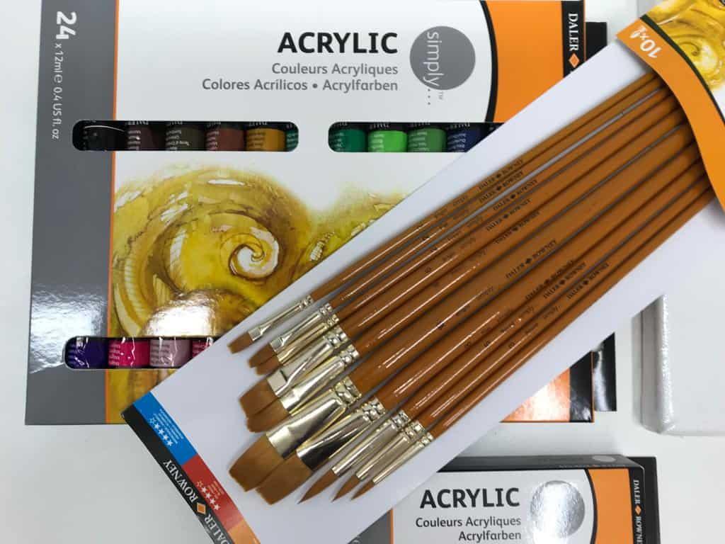 Pinsel, Farben und mehr für die Acrylmalerei