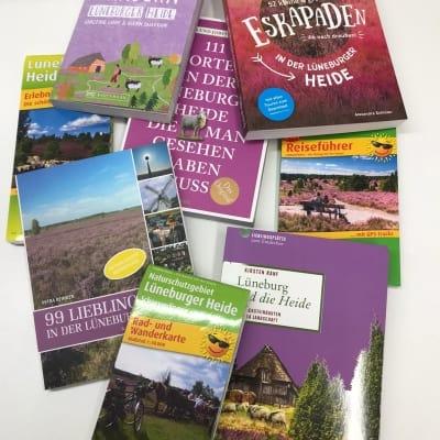 Alles, um Deine Region zu entdecken: Reiseführer, Wanderführer und Karten für die Lüneburger Heide
