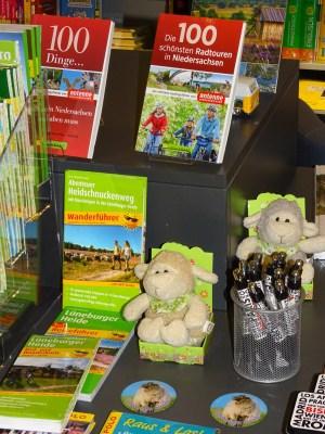 Nicht nur für Urlauber: Reise- und Wanderführer für die Lüneburger Heide